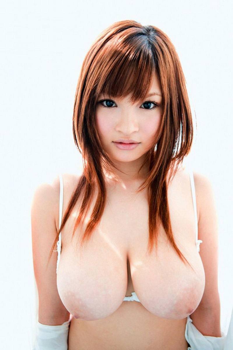 小顔で巨乳の美少女 27