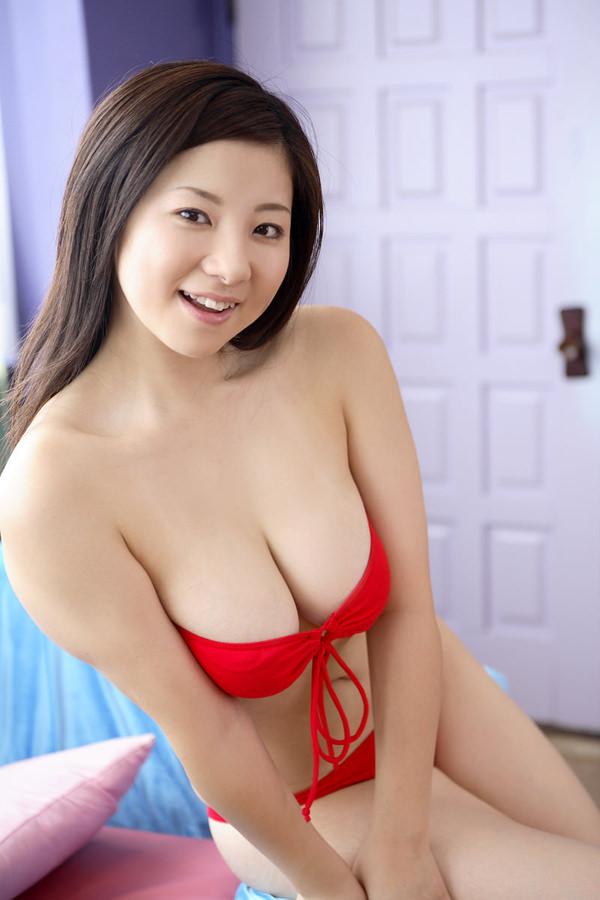 美巨乳ビキニ 31
