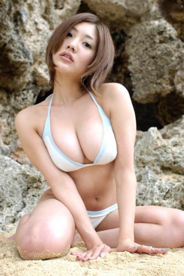 美巨乳ビキニ 43