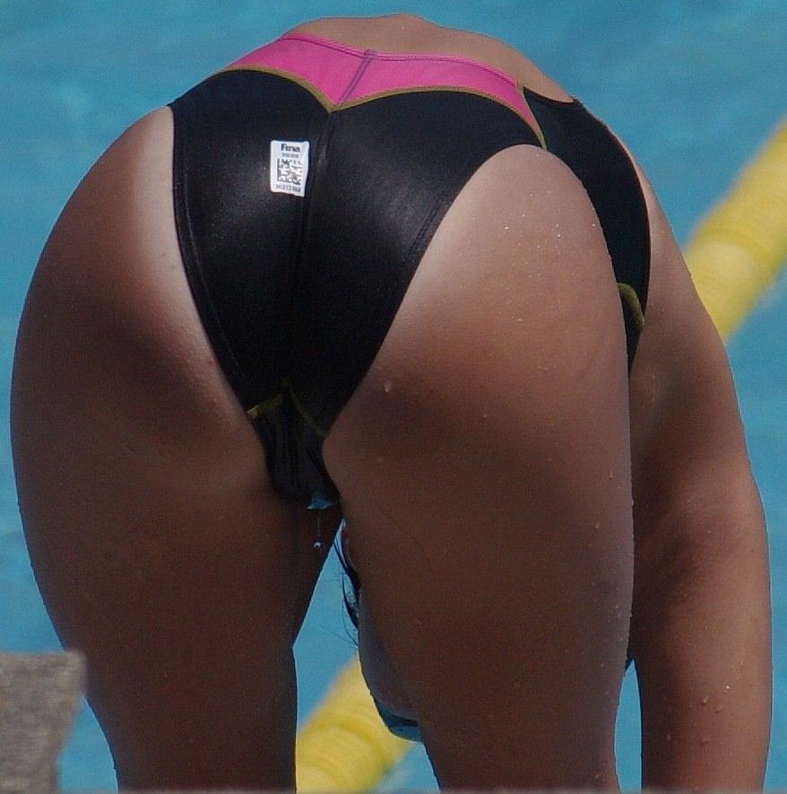競泳水着のお尻 2