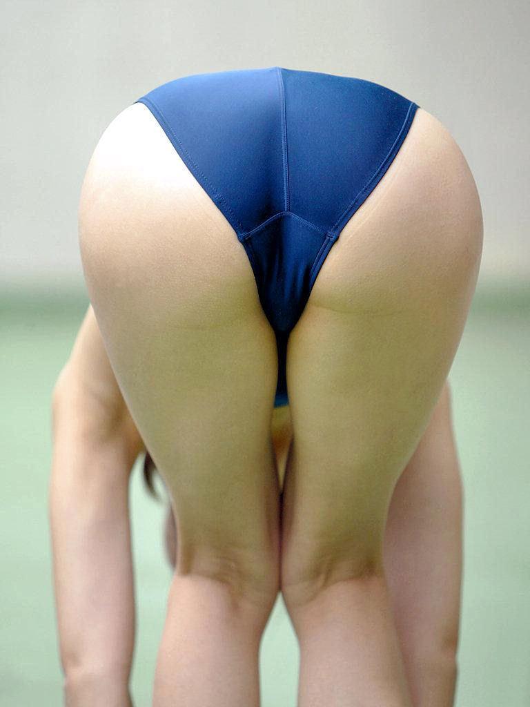 競泳水着のお尻