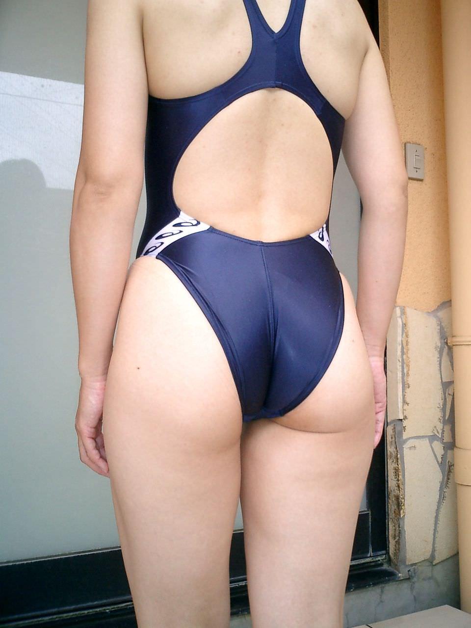 競泳水着のお尻 24