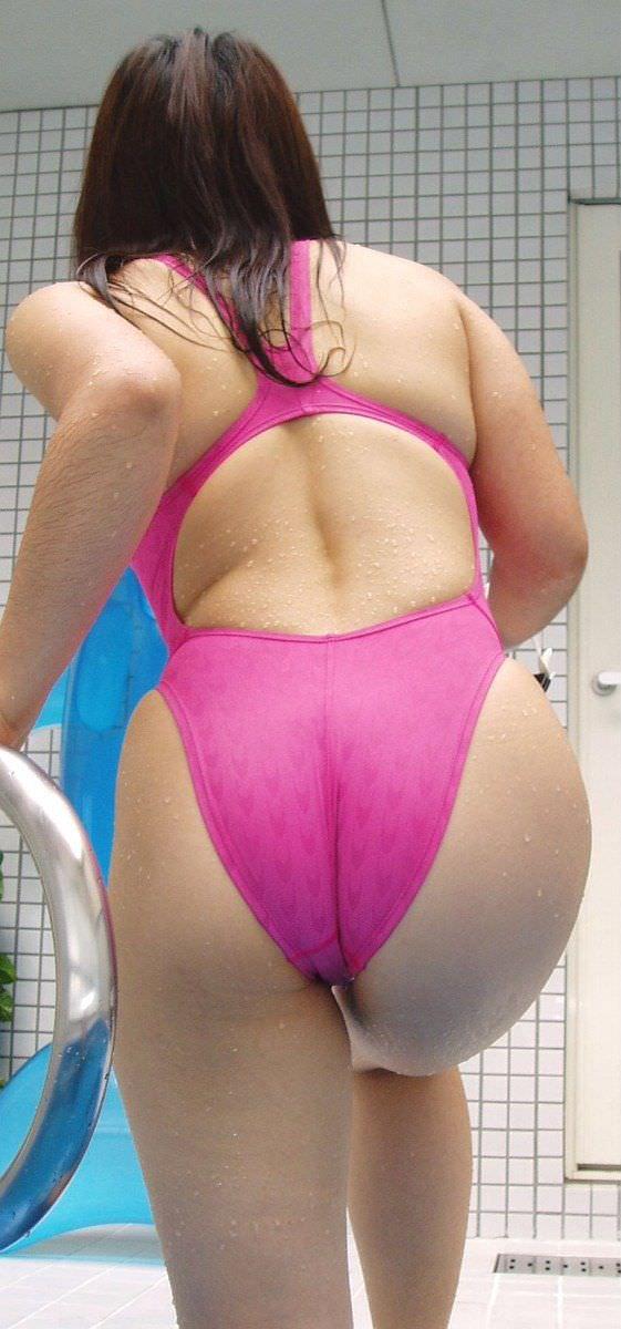 競泳水着のお尻 26