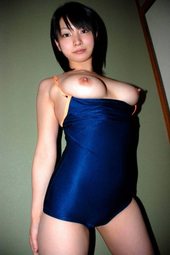 競泳水着の美少女 22