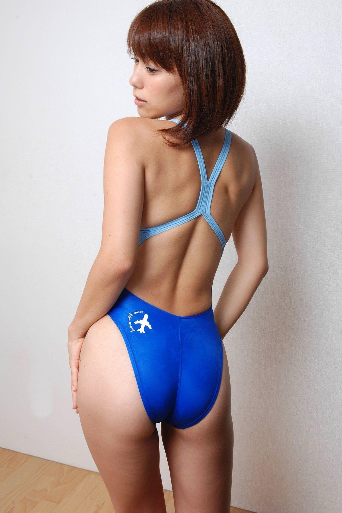 競泳水着の美少女 26