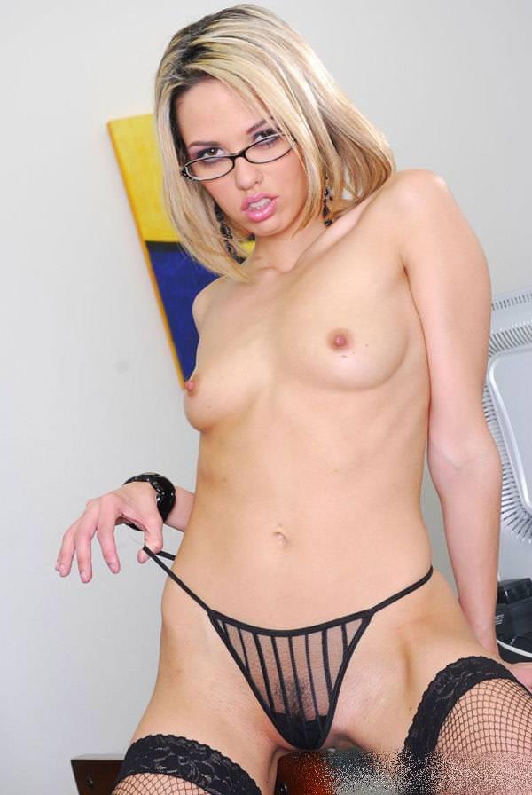 メガネかけてるセクシー外国人 8