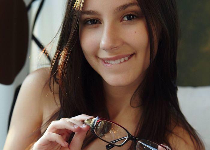 メガネかけてるセクシー外国人 20