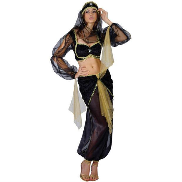 セクシーな民族衣裳の外国人美女 14
