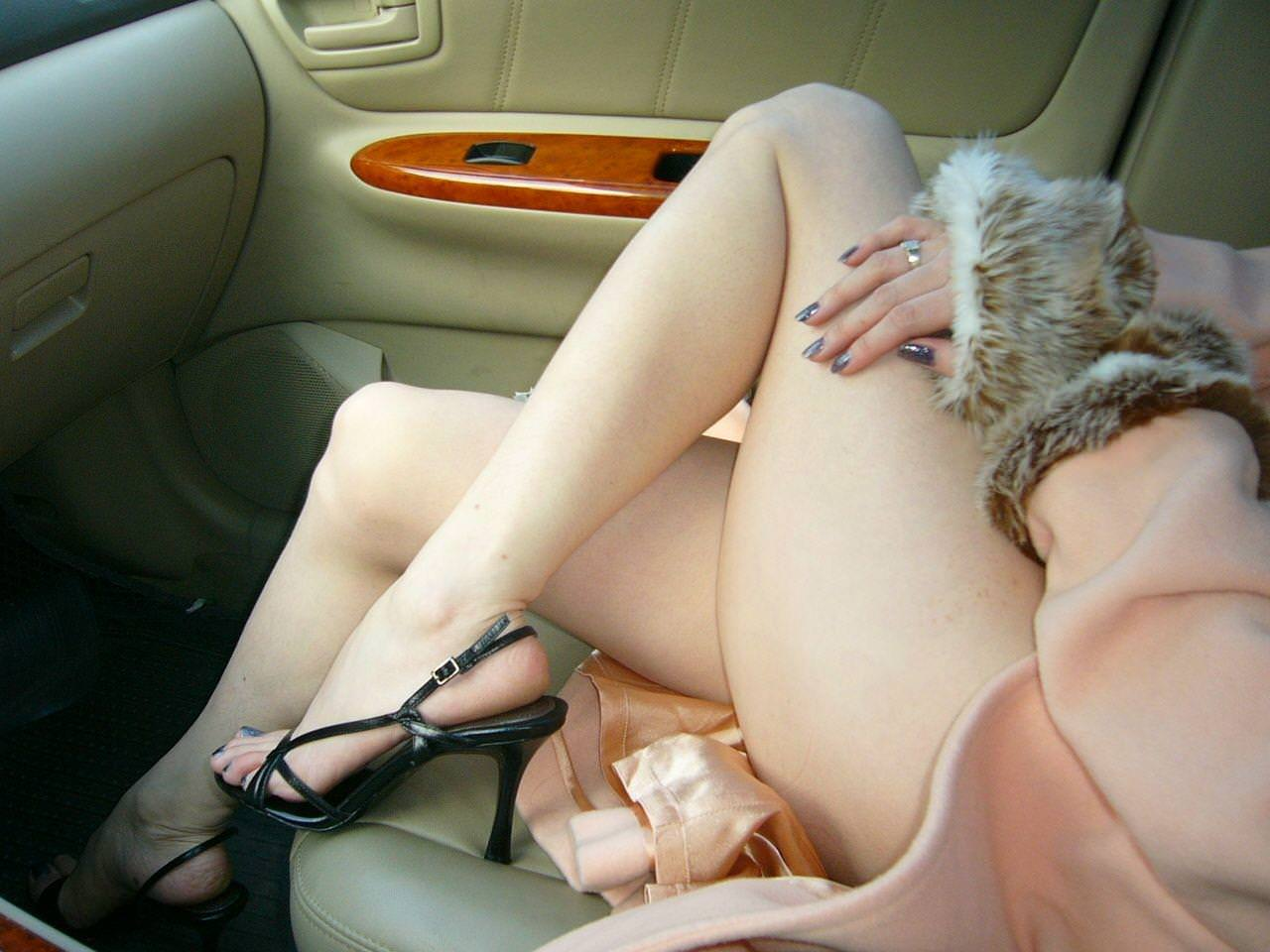 エロい生脚の女の子 36