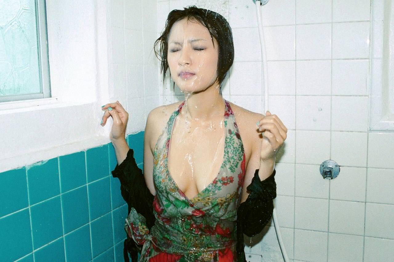 女の子の濡れた髪 21
