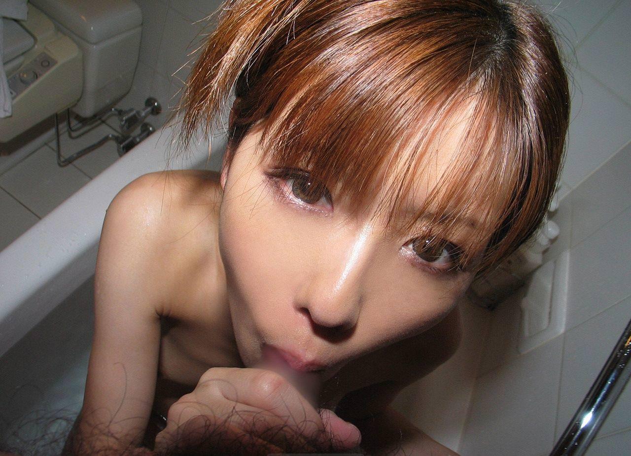 お風呂でフェラ 8
