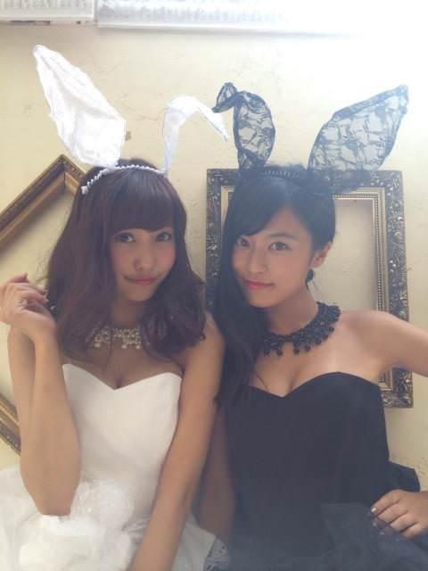 小島瑠璃子と佐野ひなこの下着&バニーガール姿wwwww(※流出セックス画像あり)