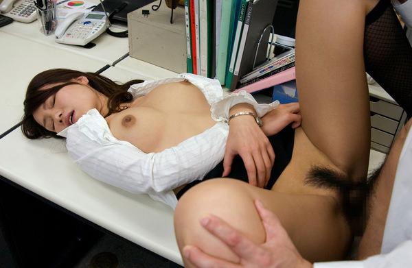 OLと社内セックス 9