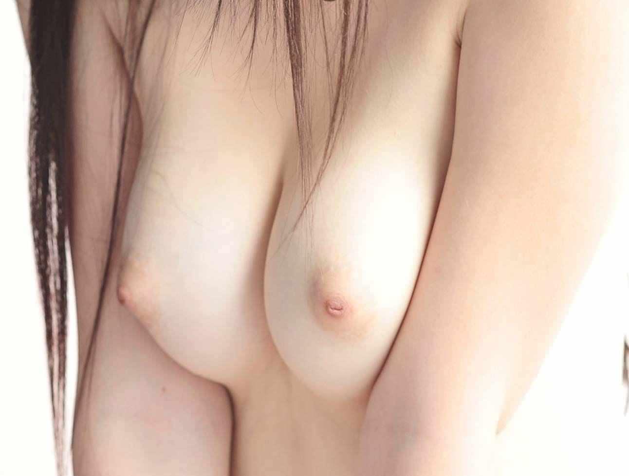 ピンク色の乳首 28
