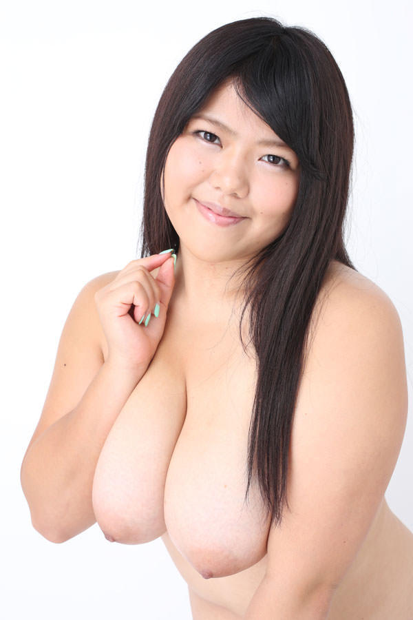 ぽっちゃりヌード 11