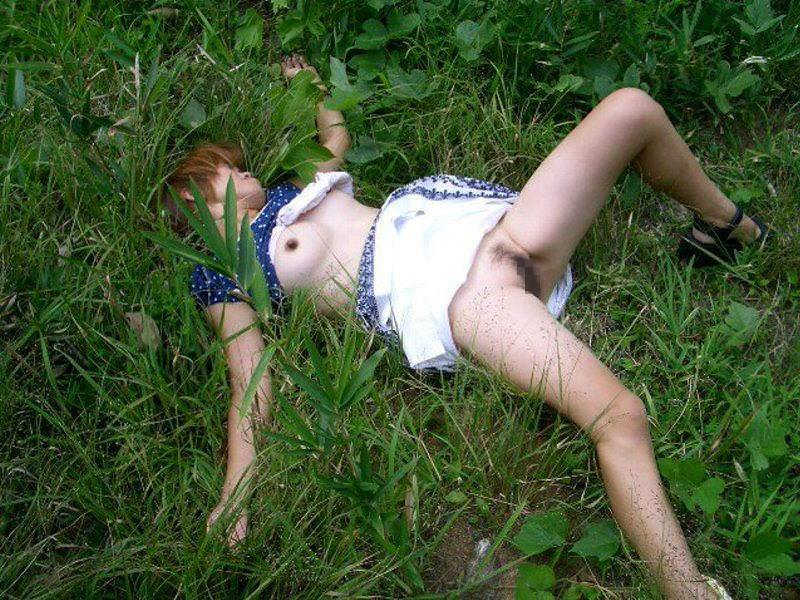 レ●プ後、放置された女 13