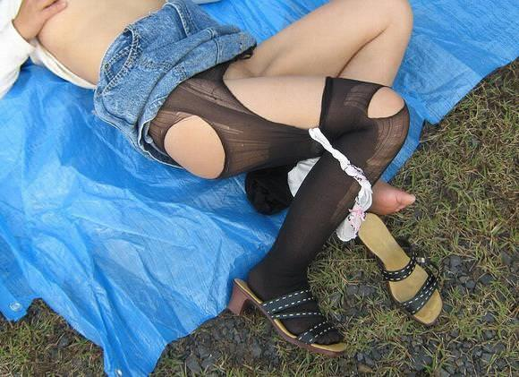 レ●プ後、放置された女 15