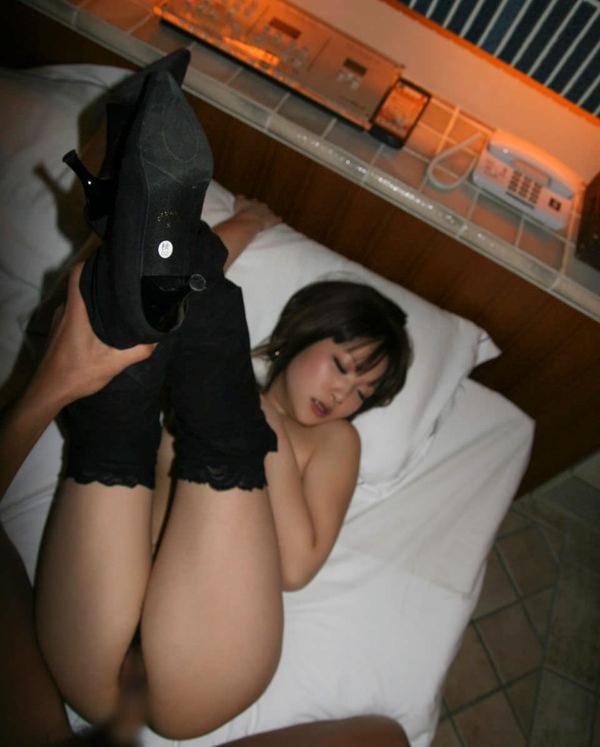 両足上げてセックス 12