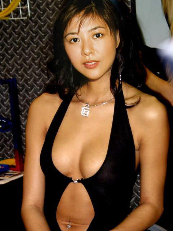 女優・白石美帆(37)、温泉コンパニオンの過去…この身体でいったいどんなサービスをwwwwww
