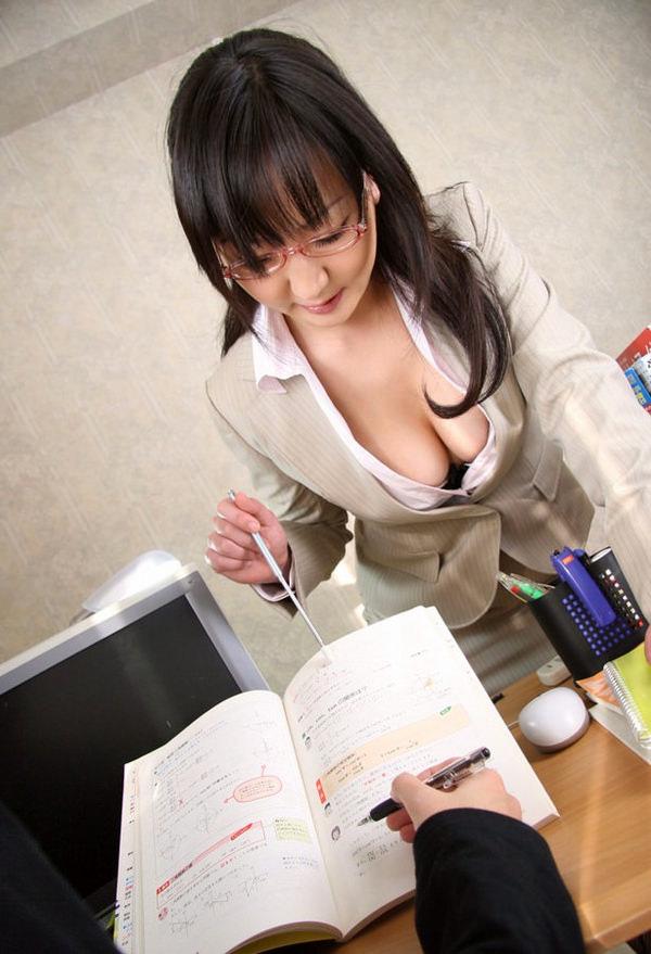指示棒もってる女教師 24