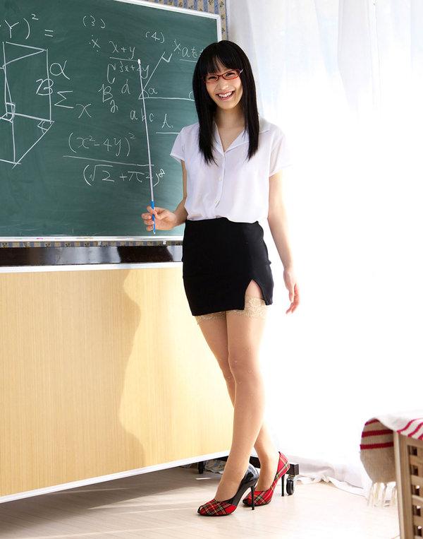 指示棒もってる女教師 38