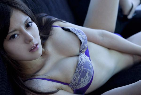 可愛い下着姿のスレンダー美少女 11