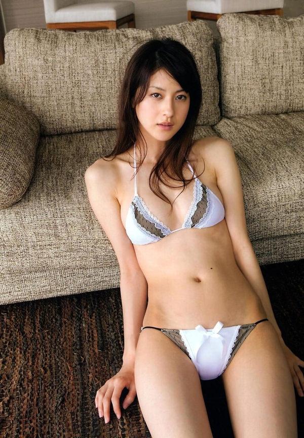 可愛い下着姿のスレンダー美少女 26