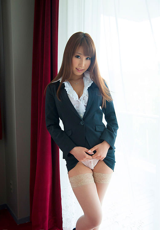 スーツ着た巨乳 6
