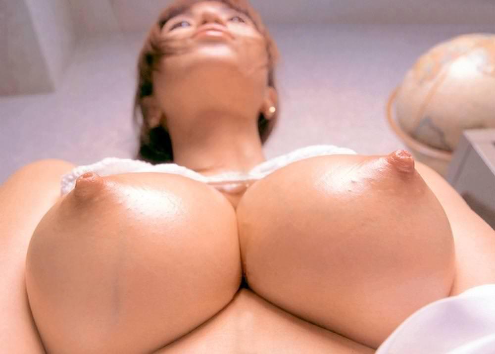 乳首の接写 21