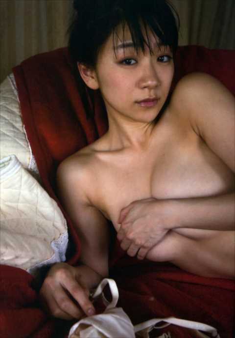 【朗報】時東ぁみ(27)全裸グラビア第二弾画像キタ━(゚∀゚)━!(※袋綴じページ公開中!)