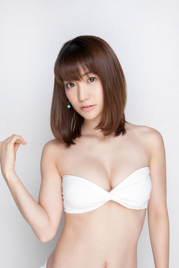 アイドル・グラドルのチューブトップおっぱい 34