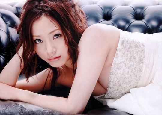 【速報】 上戸彩(29)の性欲が限界だと、医学関係者が指摘wwwwwwwww