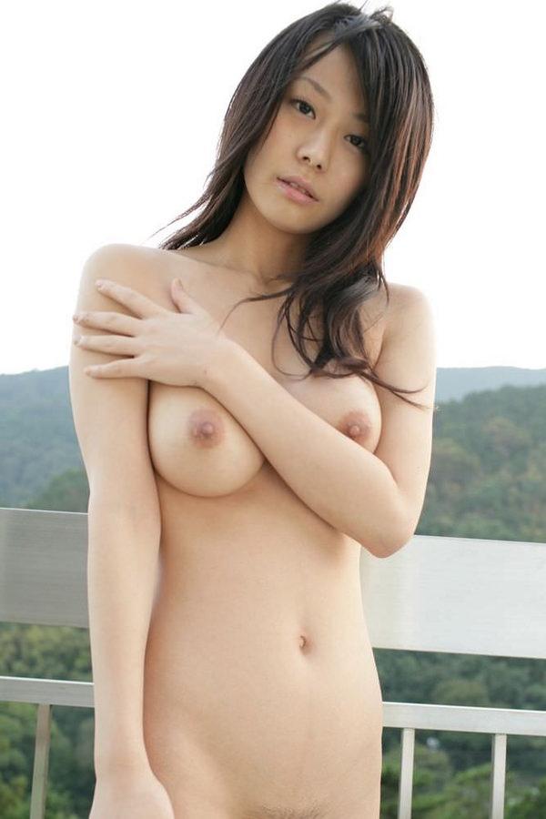 巨乳美少女の全裸 26