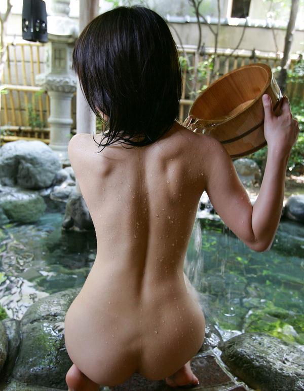 美しい全裸の後姿 3