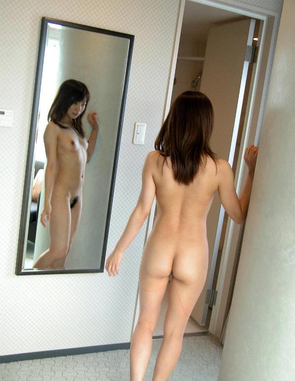 美しい全裸の後姿 34