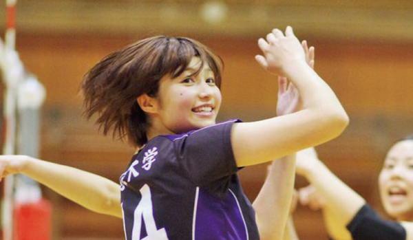なぜ日本女子バレーは可愛い子が多いのか
