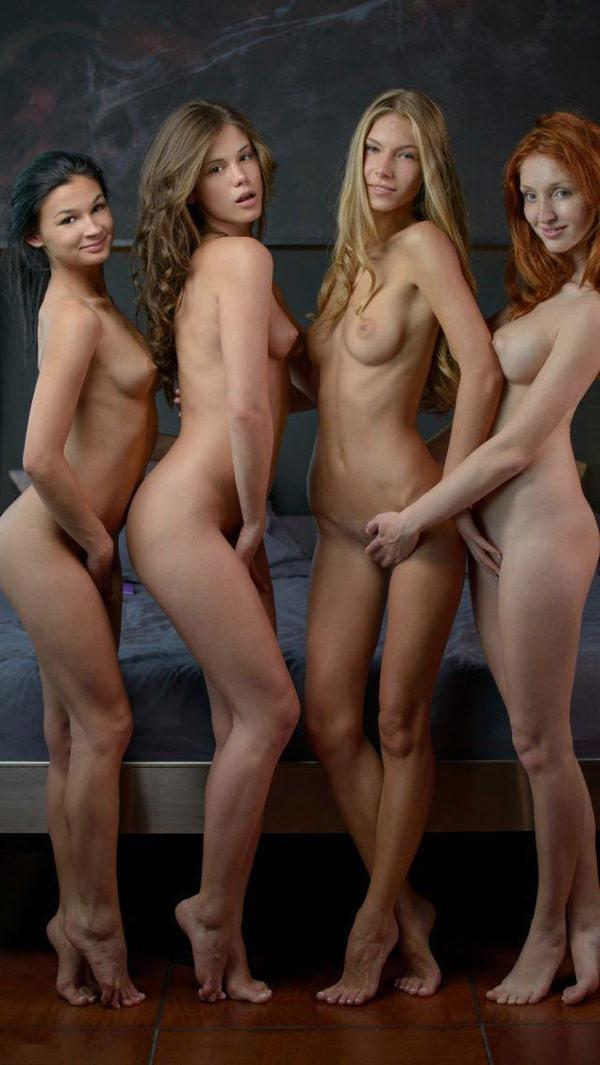 複数の外国人美女のヌード 15