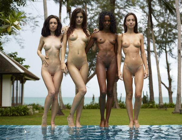 複数の外国人美女のヌード 32