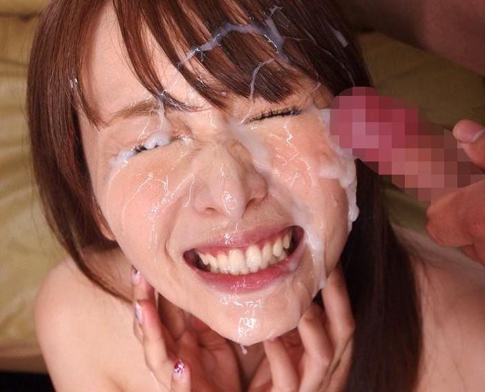 【顔射画像】 お顔いっぱいにギトギトベトベトのザーメンを顔射!!!