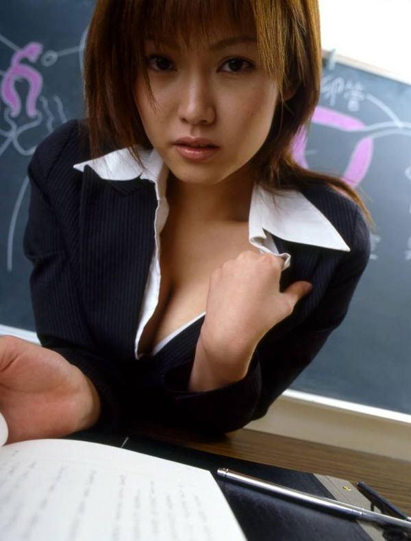 爆乳の女教師 11