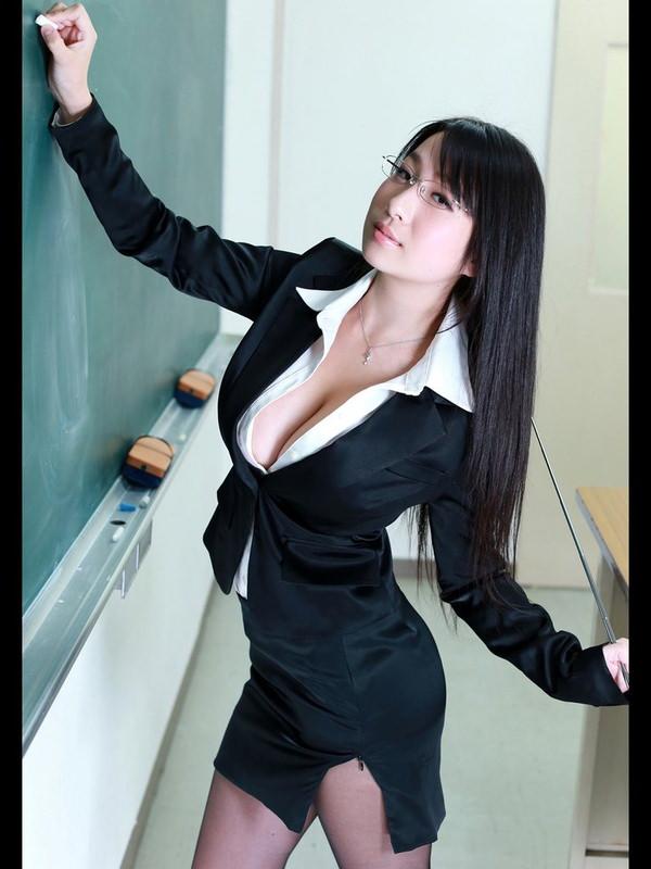 爆乳の女教師 20