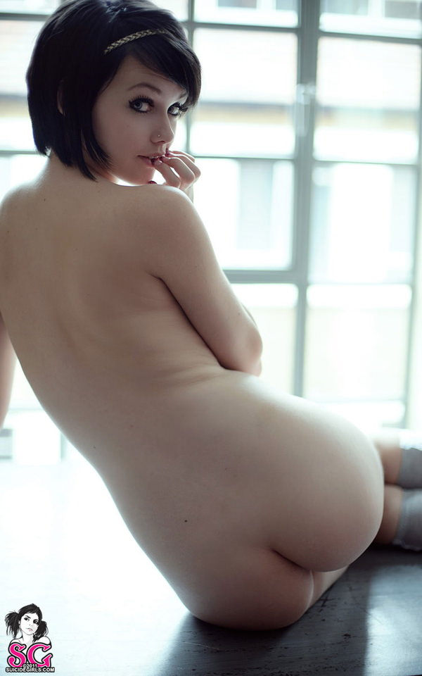 外国人美女の背中ヌード 2