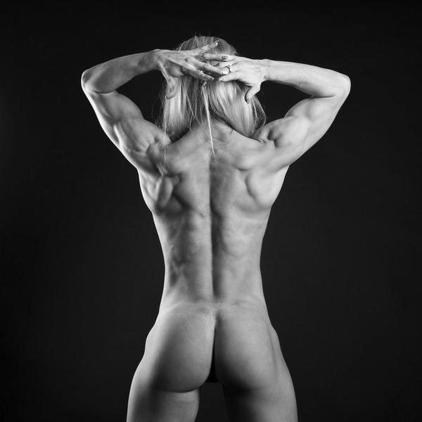 外国人美女の背中ヌード 22