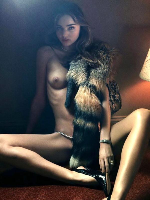 外国人モデルの美しいヌード 31