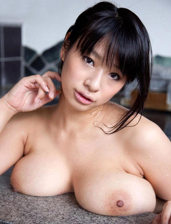 巨乳の乳乗せ 18