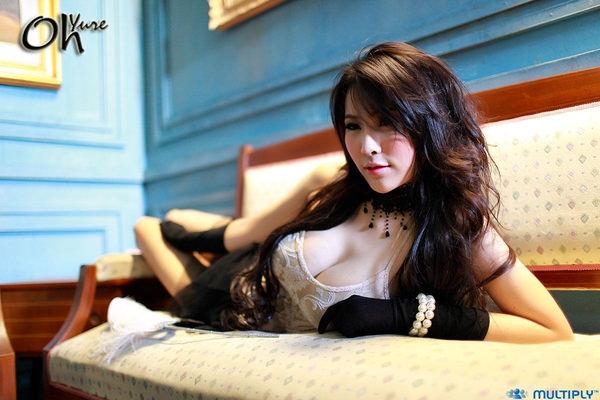 アジアの爆乳美女 25