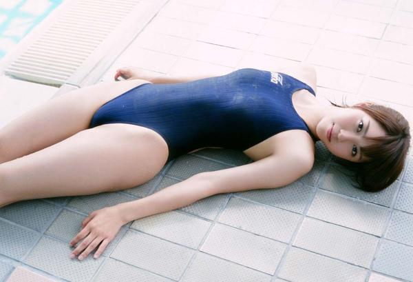 正統派美少女の競泳水着 2