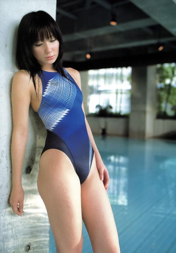 正統派美少女の競泳水着 4
