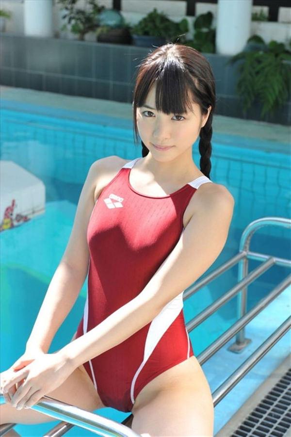 正統派美少女の競泳水着 29