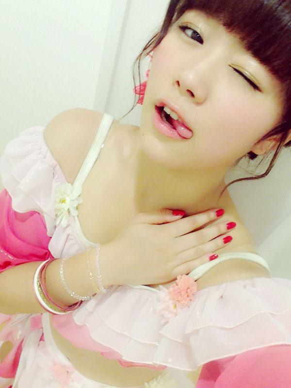 舌出しの美少女 4
